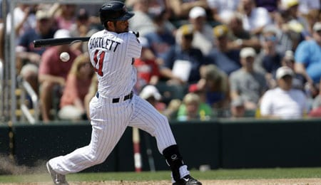 Jason Bartlett is picking up his game for the Minnesota Twins.