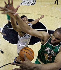 Boston Celtics centre Michael Olowokandi will probably leave the team as a free agent after this season.