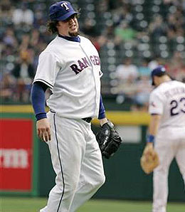 Texas Rangers closer Eric Gagne is injured again.