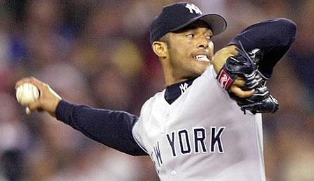 Mariano Rivera struggled, but earned his 30th save.