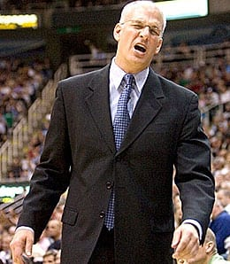 Jay Triano got a three-year contract from the Toronto Raptors.