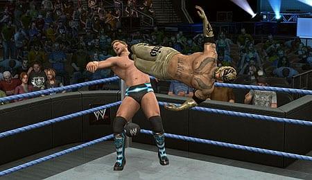 WWE01