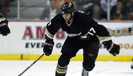 Dustin Penner is enjoying a nice season for the Anaheim Ducks.