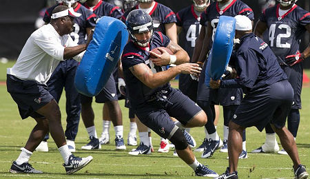 C.J. Fiedorowicz has a chance to make an impact with the Houston Texans as a rookie.