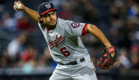 Anthony Rendon has a knee problem for the Washington Nationals.