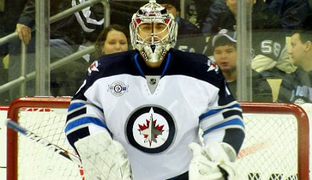 Ondrej Pavelec has hurt his knee for the Winnipeg Jets.
