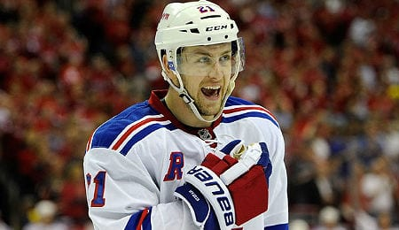 Derek Stepan will miss the next 4-to-6 weeks for the New York Rangers.